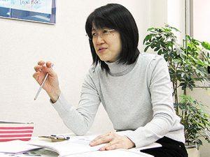 中級者には日本人講師が解答テクニックを指導。日本人が間違いやすいポイントを確実に抑えてスコアアップに導きます。