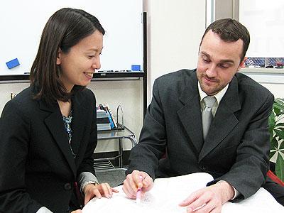 英語での電話対応にお悩みの方へ。ビジネス英語が学べる東京新宿の英会話スクール
